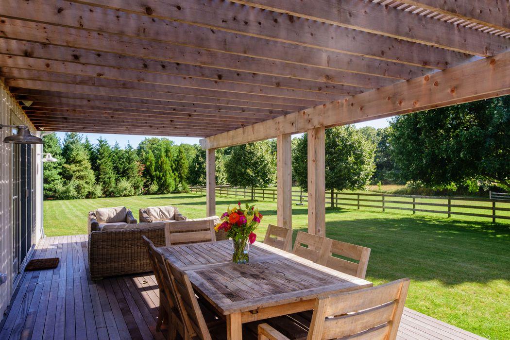 Modern Farmhouse On Bucolic 3+ Acres Sagaponack, NY 11962