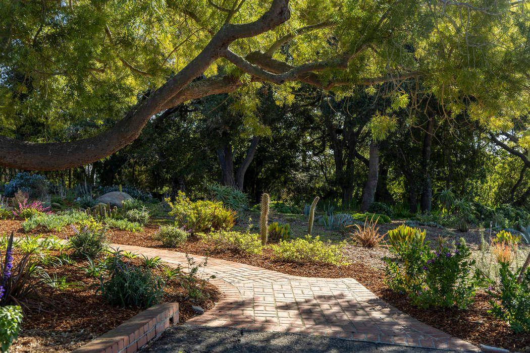1326 Hillcrest Road Santa Barbara, CA 93103