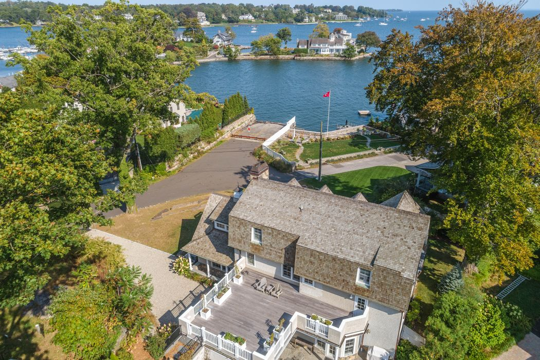 11 Byram Dock Street Greenwich, CT 06830