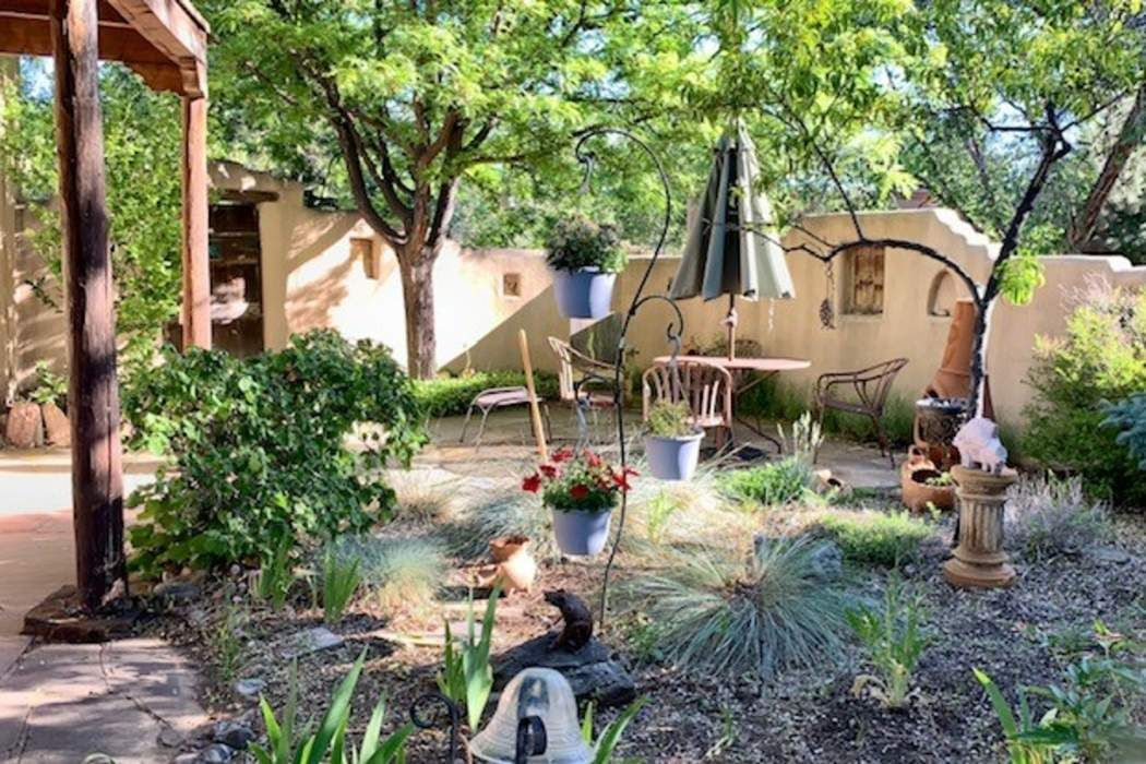 556 Garcia St Santa Fe, NM 87505