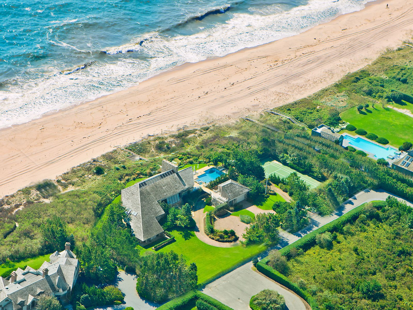Norman Jaffe Oceanfront Modern, Southampton NY Single Family Home - Hamptons Real Estate