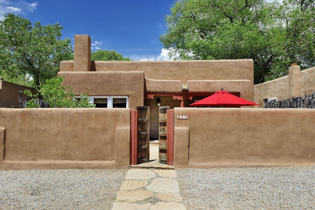 217 Sena Street A,B,C Santa Fe, NM 87501