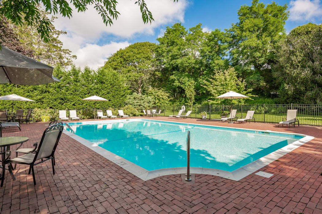 514 Pantigo Road, Unit 35 East Hampton, NY 11937