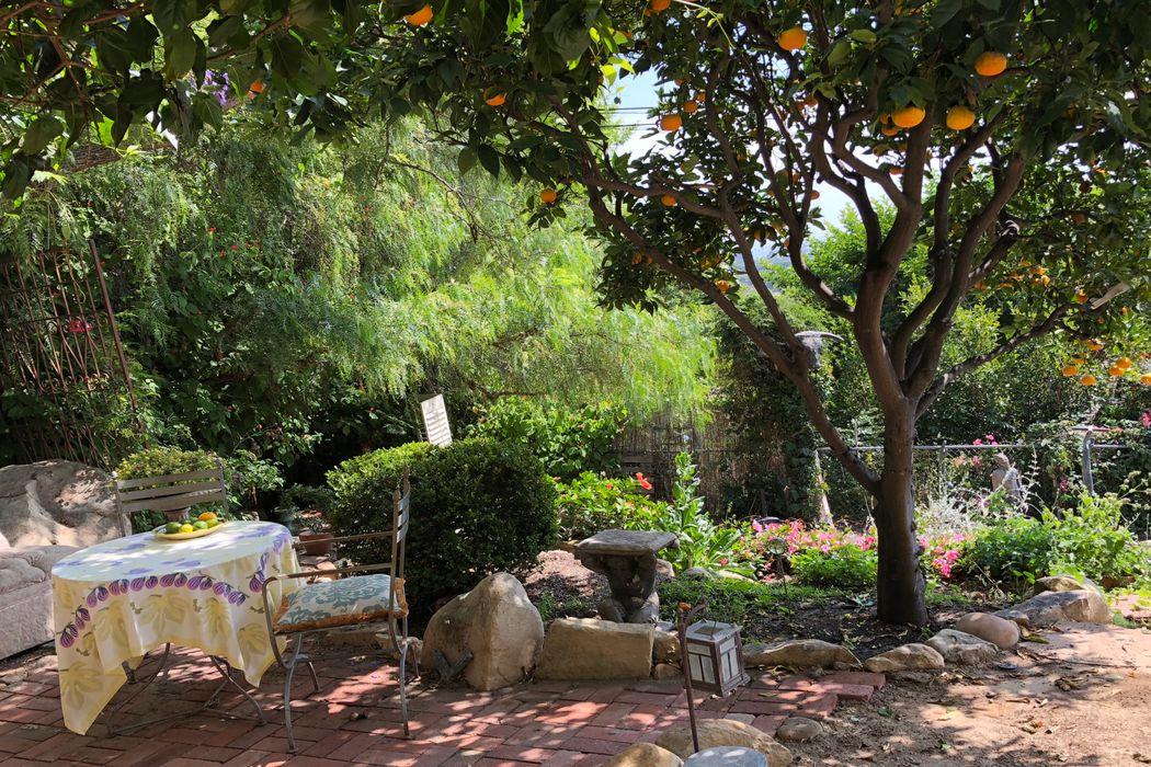 1328 De La Guerra Road Santa Barbara, CA 93103
