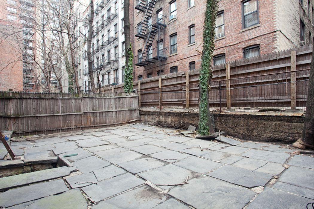 225 East 81st Street New York, NY 10028