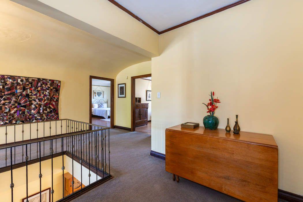1710 Wellington Road Los Angeles, CA 90019