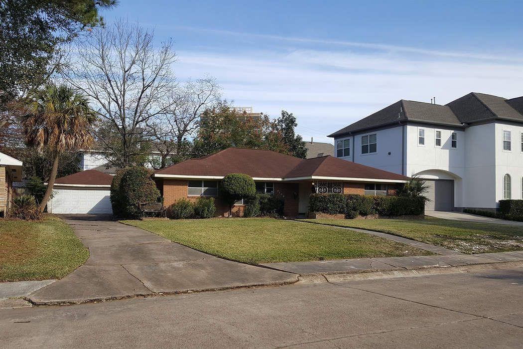4138 Levonshire Drive Houston, TX 77025