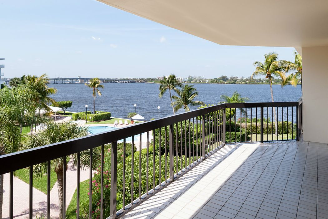Magnificent Waterfront Condo