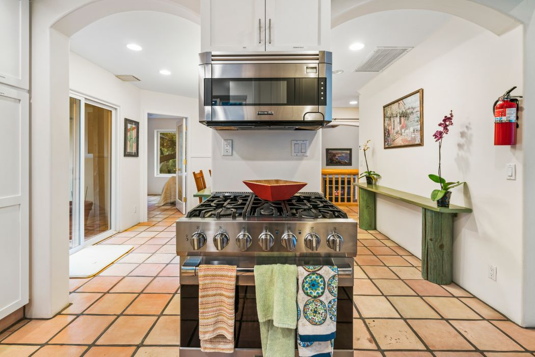 26190 Ingleside Way Malibu, CA 90265