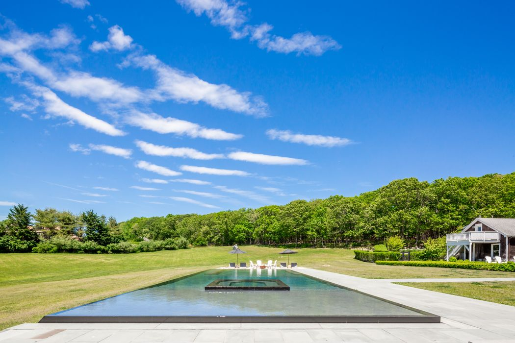 Bridgehampton North Compound Bridgehampton, NY 11932