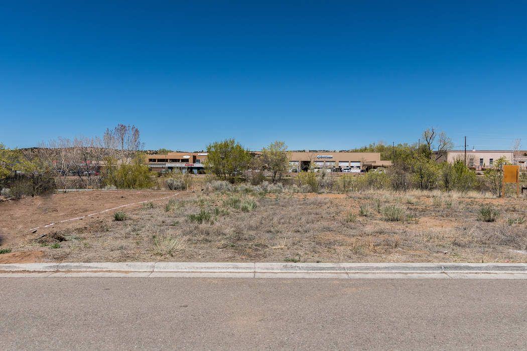 927e Alto St Santa Fe, NM 87501