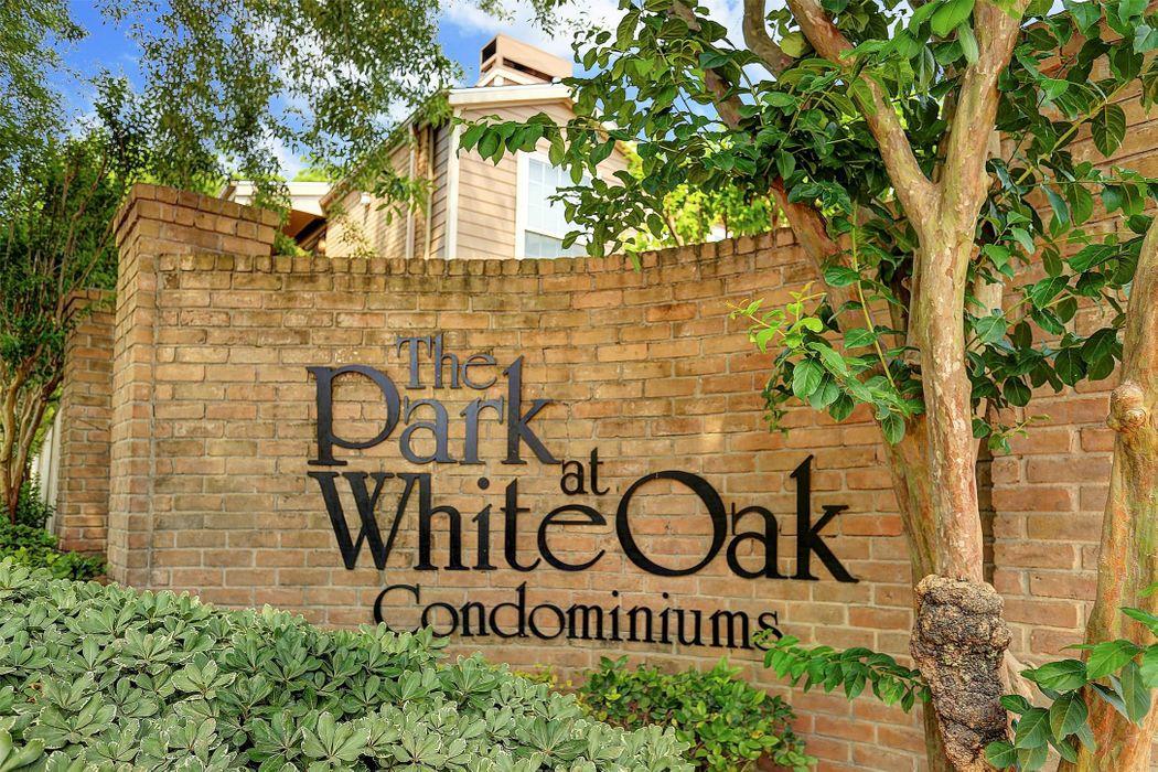 1860 White Oak Houston, TX 77009