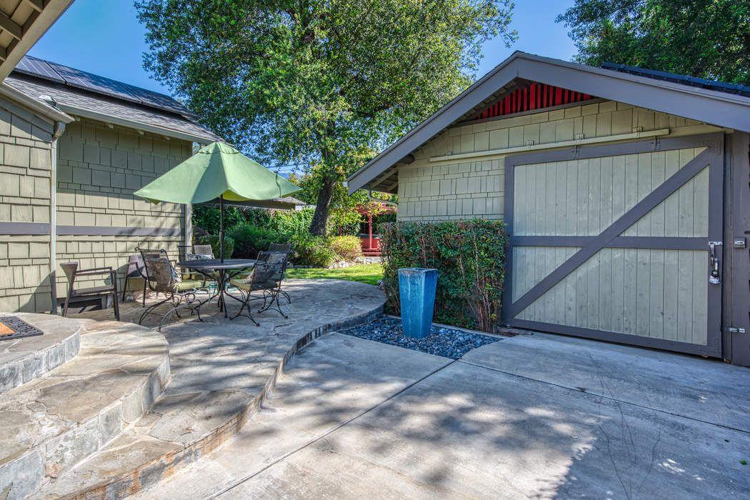 1030 North Michigan Avenue Pasadena, CA 91104