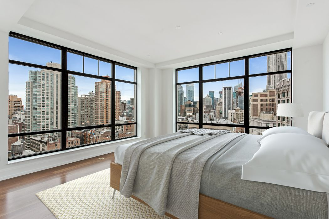 10 Madison Square West New York, NY 10010