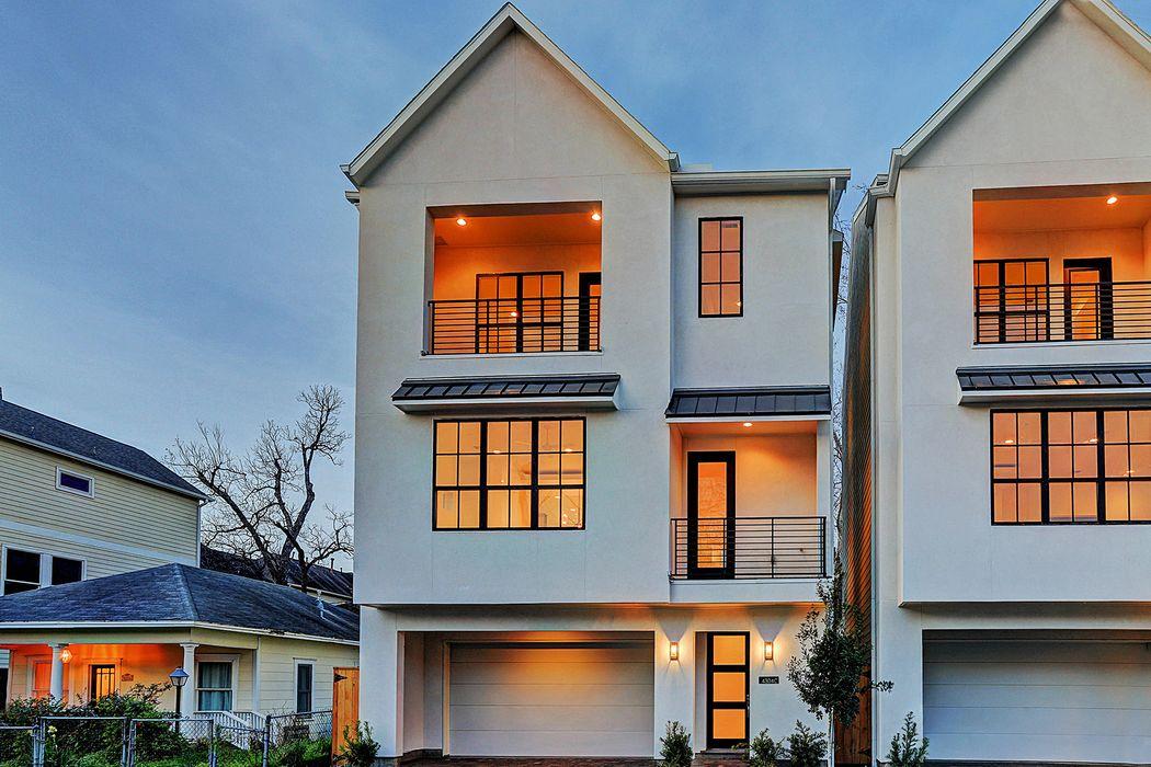 4304 Floyd Street Houston, TX 77007