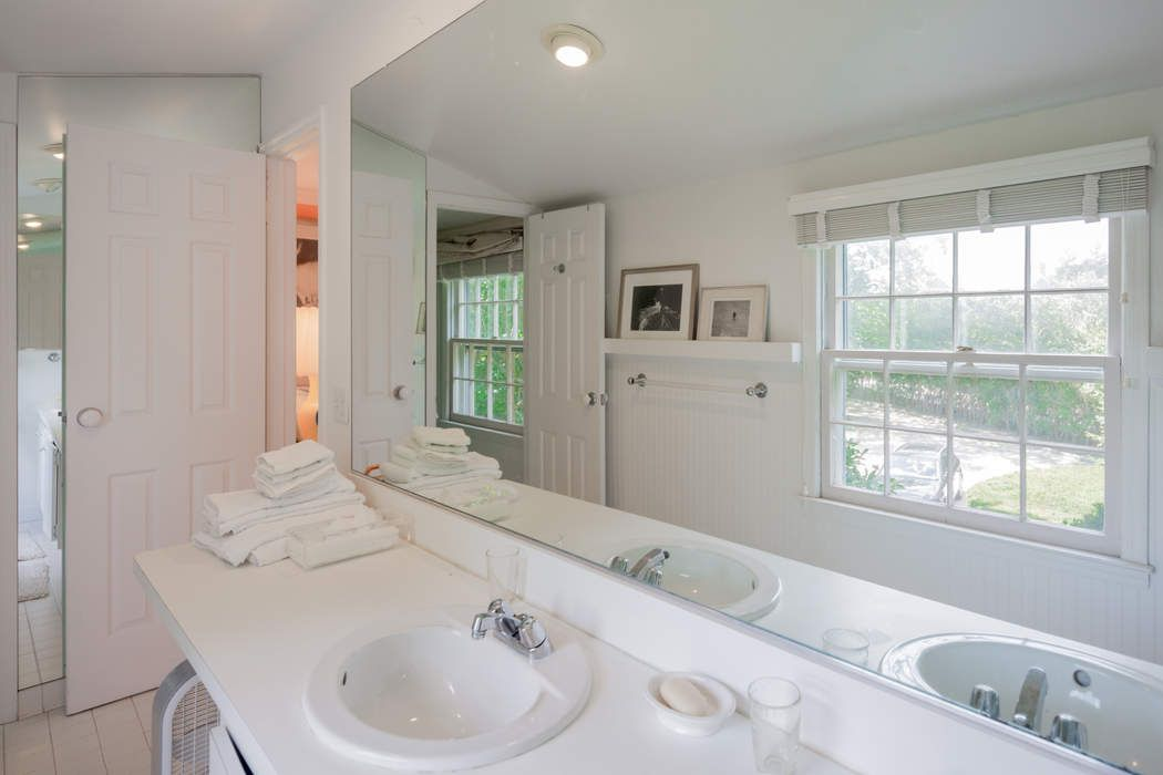 Cozy Rental Bridgehampton Farm Country Bridgehampton, NY 11932