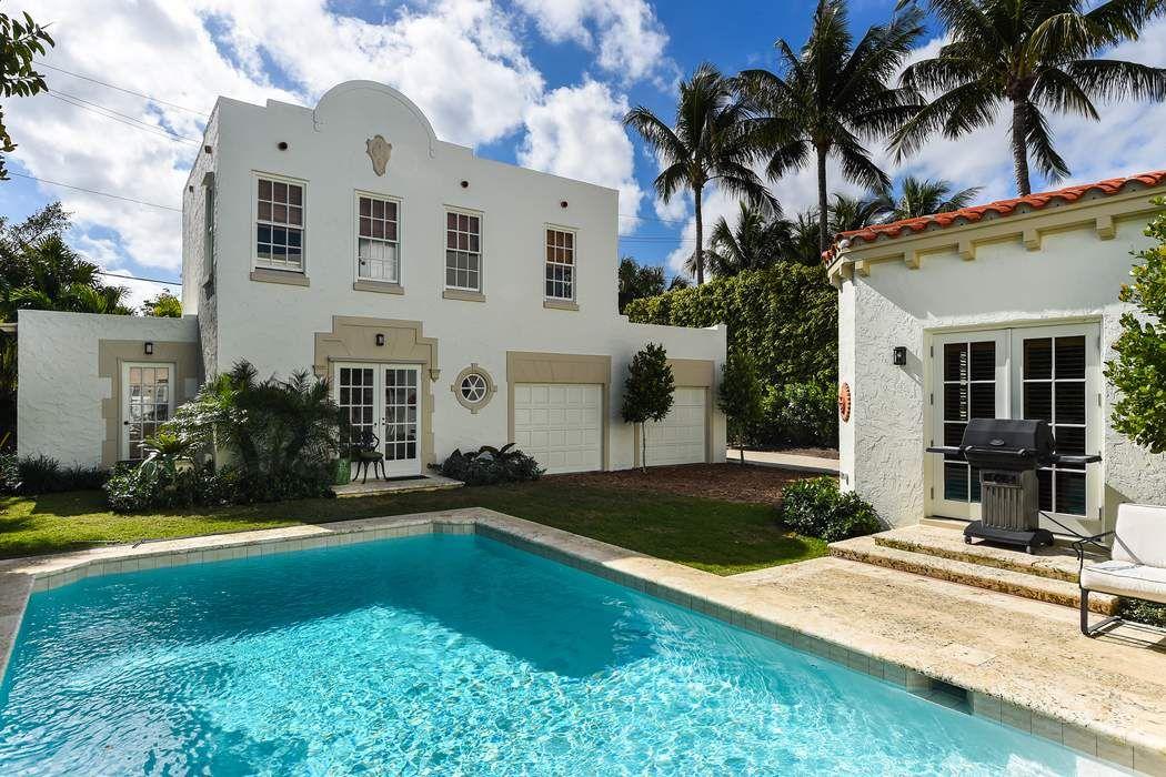 130 Brazilian Ave Palm Beach, FL 33480