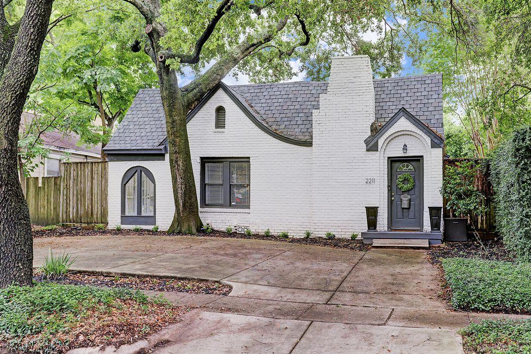 2211 Bissonnet Street Houston, TX 77005