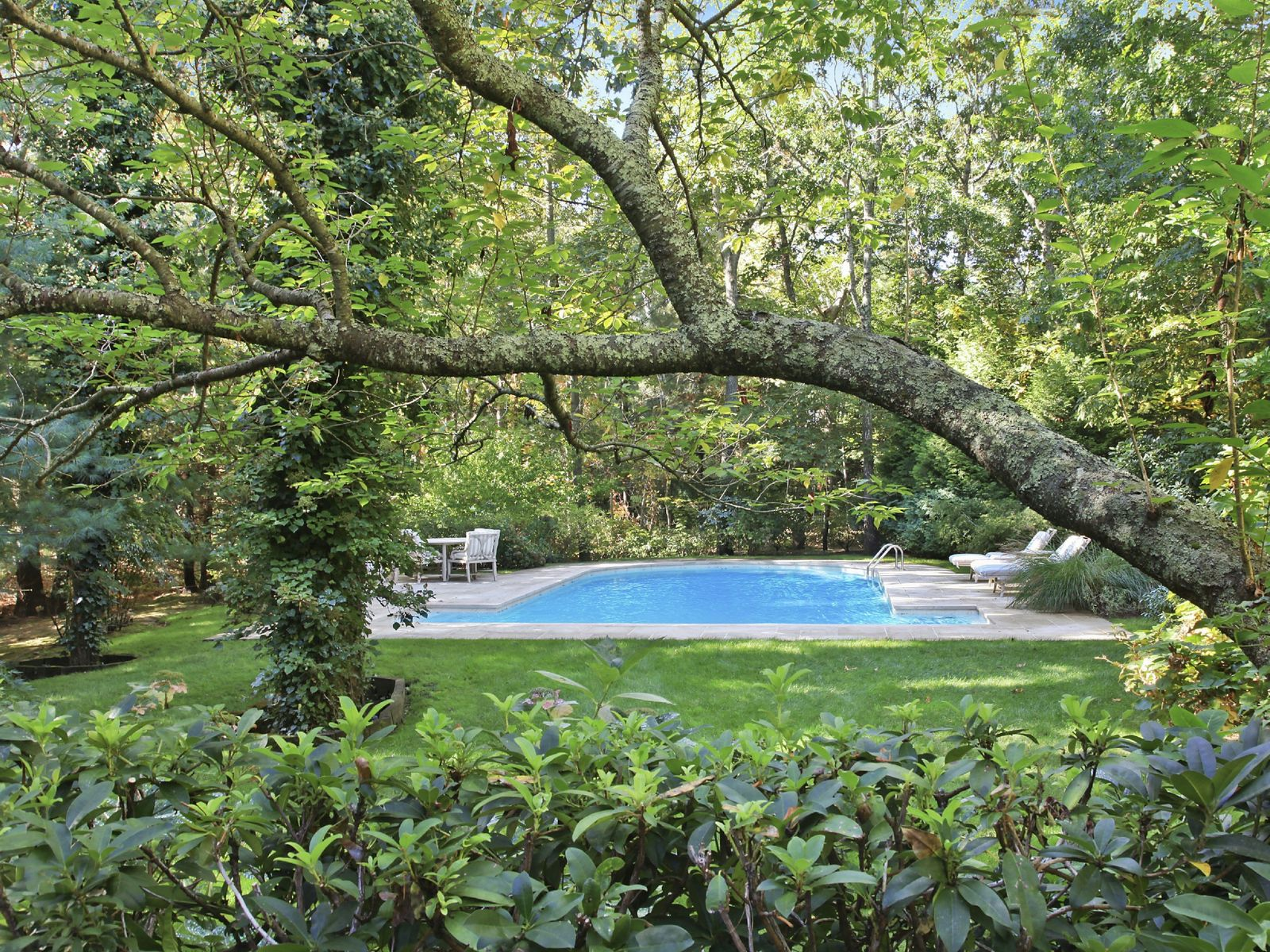 Chic and Contemporary Style, East Hampton NY Single Family Home - Hamptons Real Estate