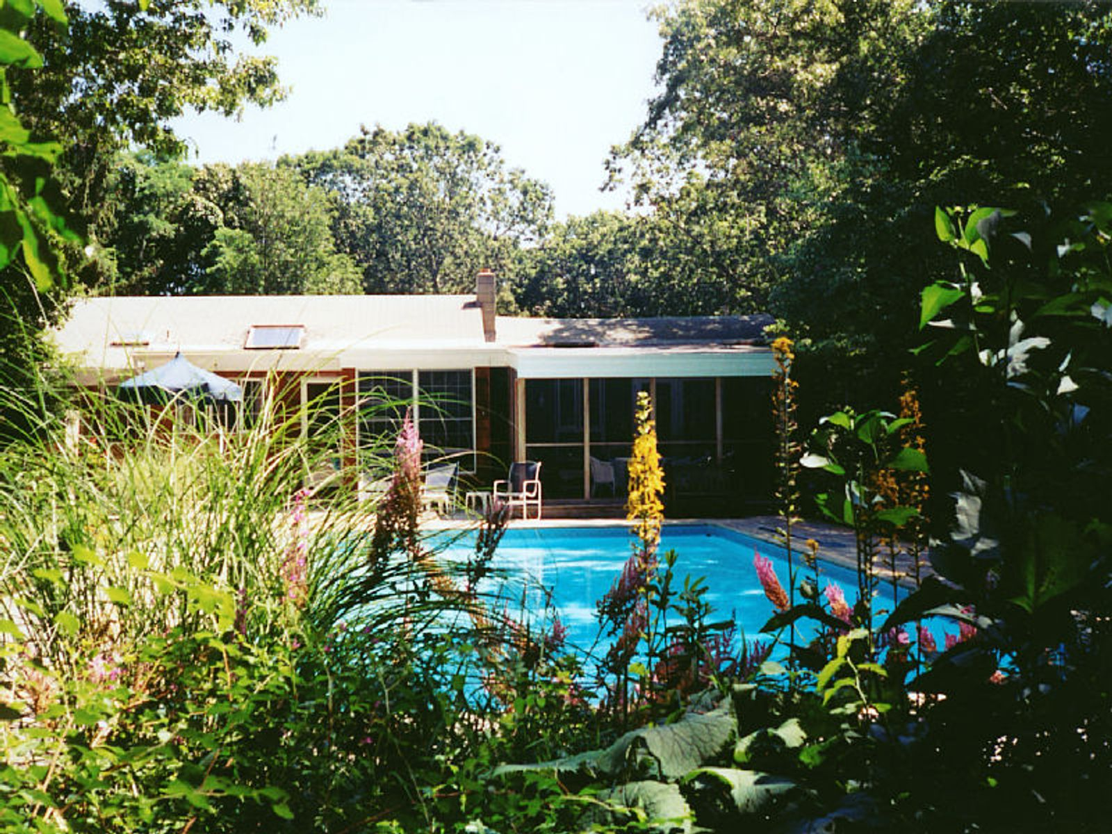 Sag Harbor Summer Retreat, Sag Harbor NY Single Family Home - Hamptons Real Estate