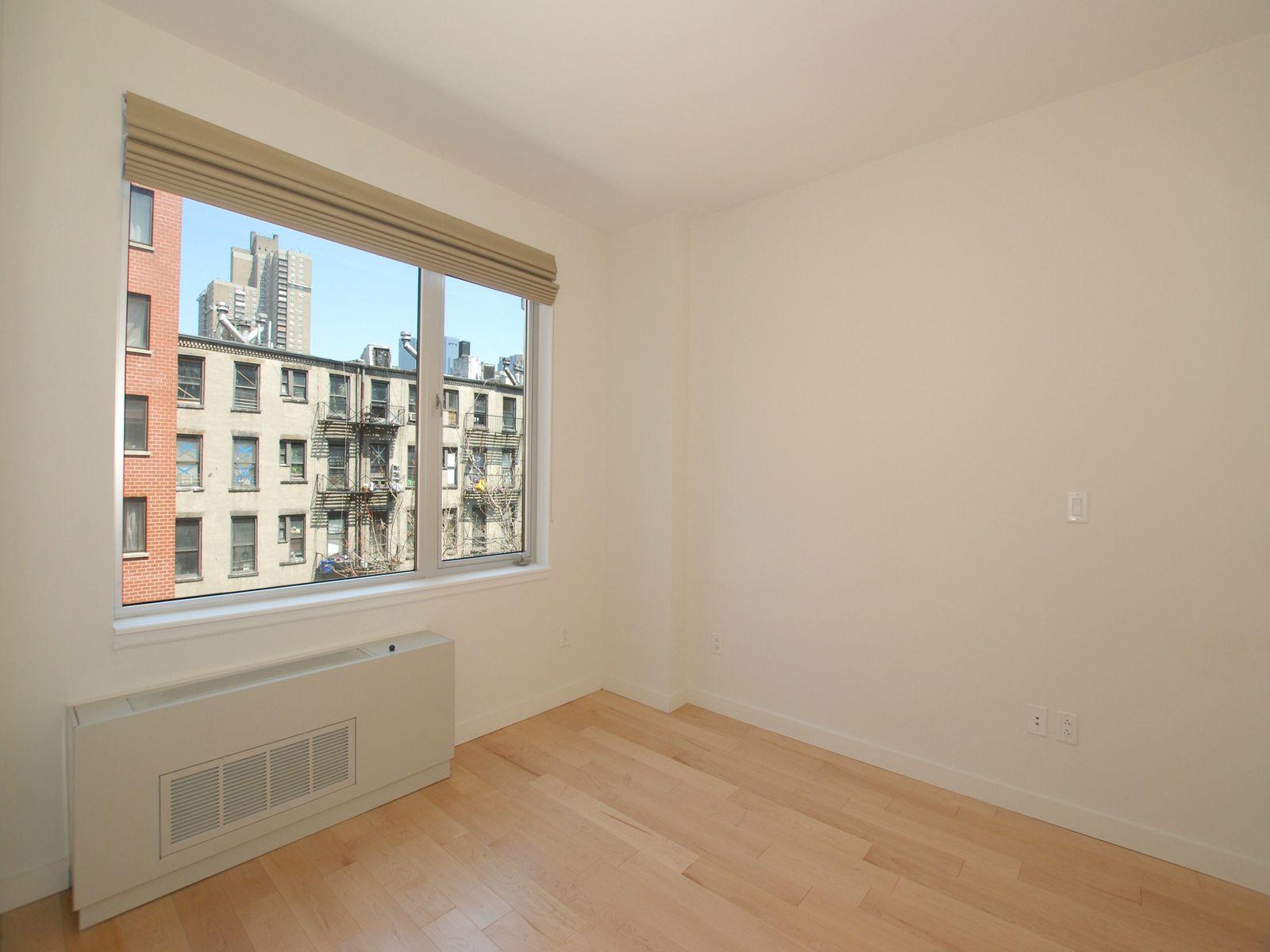 517 West 46th Street, 503