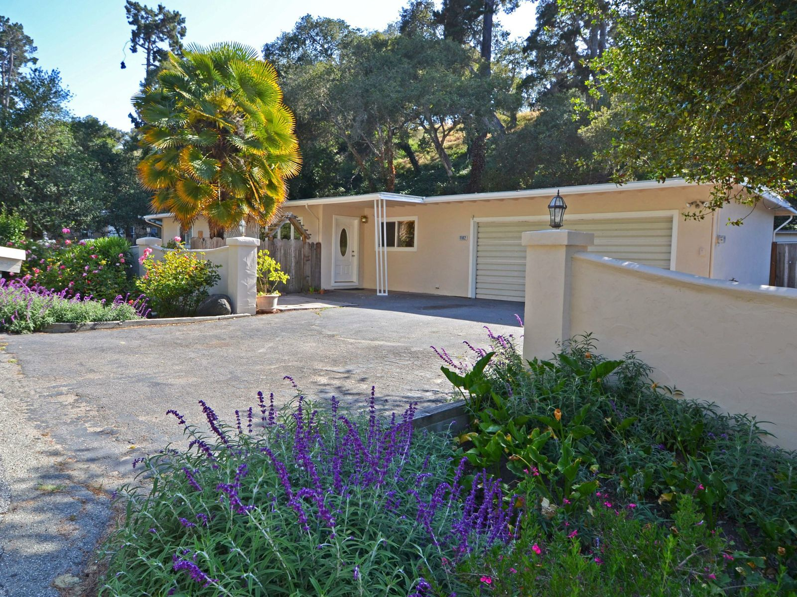 Cozy Home on a Big Lot, Monterey CA Single Family Home - Monterey Real Estate
