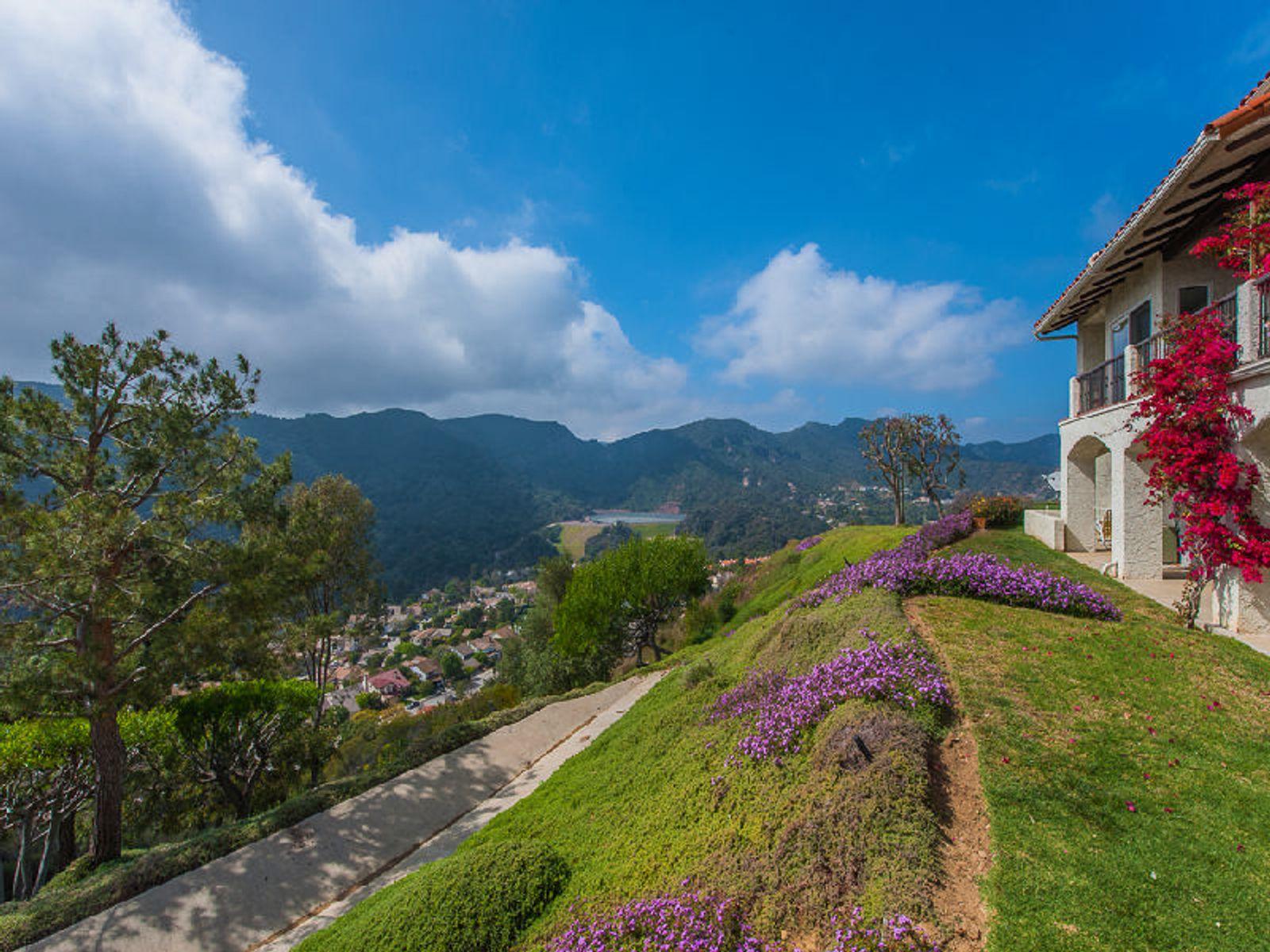 Serene Mountain Views