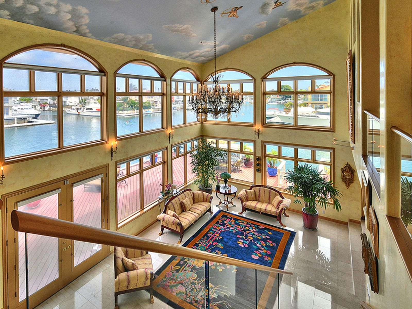 Beautiful Marina Home in Mandalay Bay
