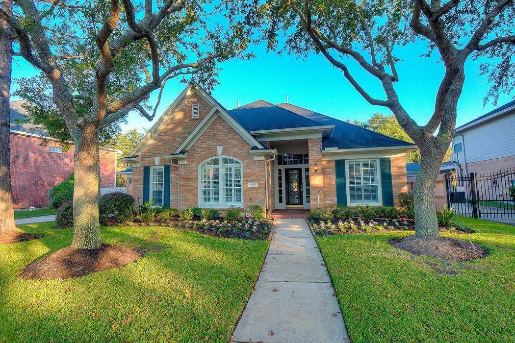 4503 Sterling Wood Way Houston, TX 77059