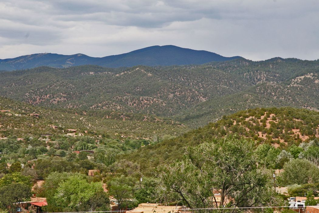 Camino De La Luz, Lot 14 Santa Fe, NM 87505