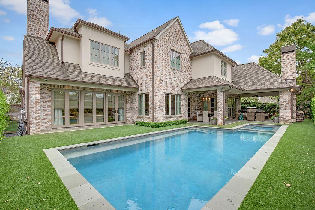 6134 Lynbrook Drive Houston, TX 77057