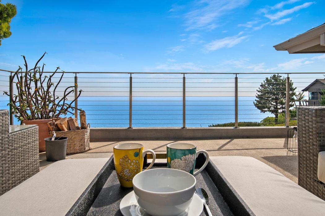 17607 Tramonto Drive Pacific Palisades, CA 90272