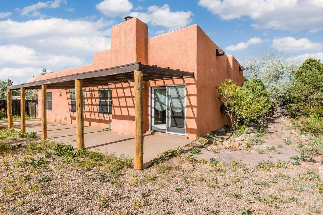 4170 Cheyenne Circle Santa Fe, NM 87507