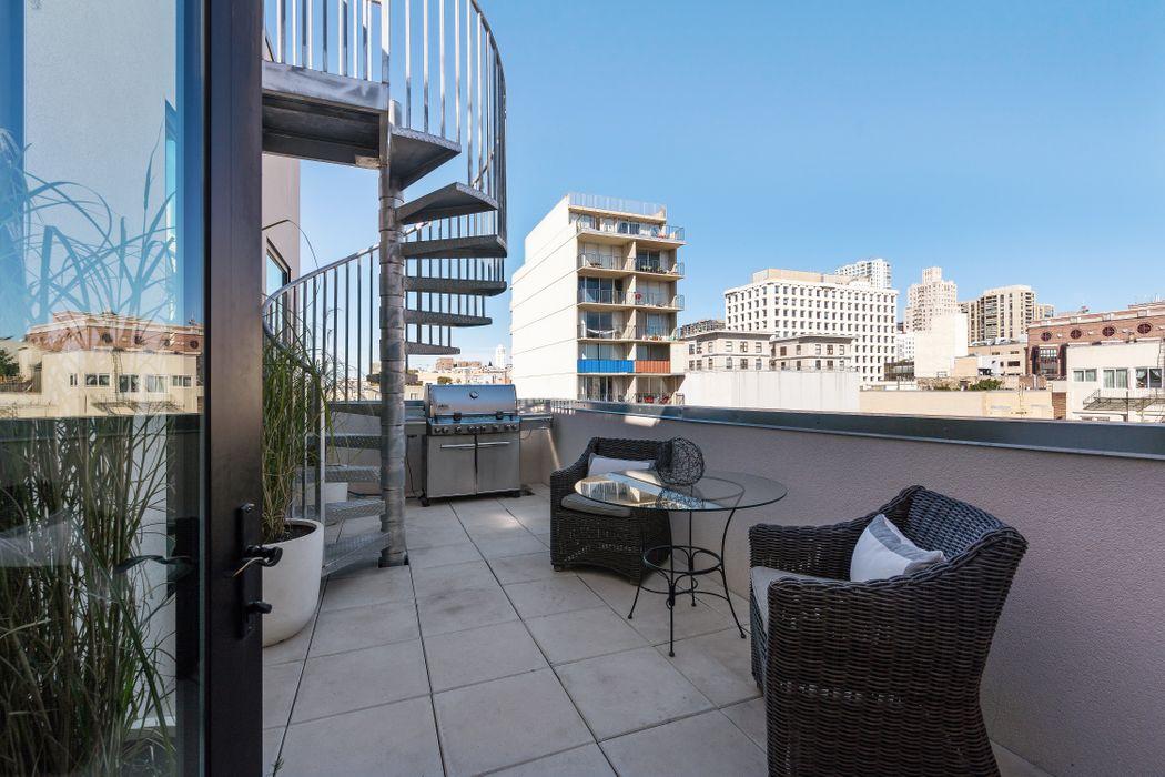 1080 Sutter Street Ph San Francisco, CA 94109
