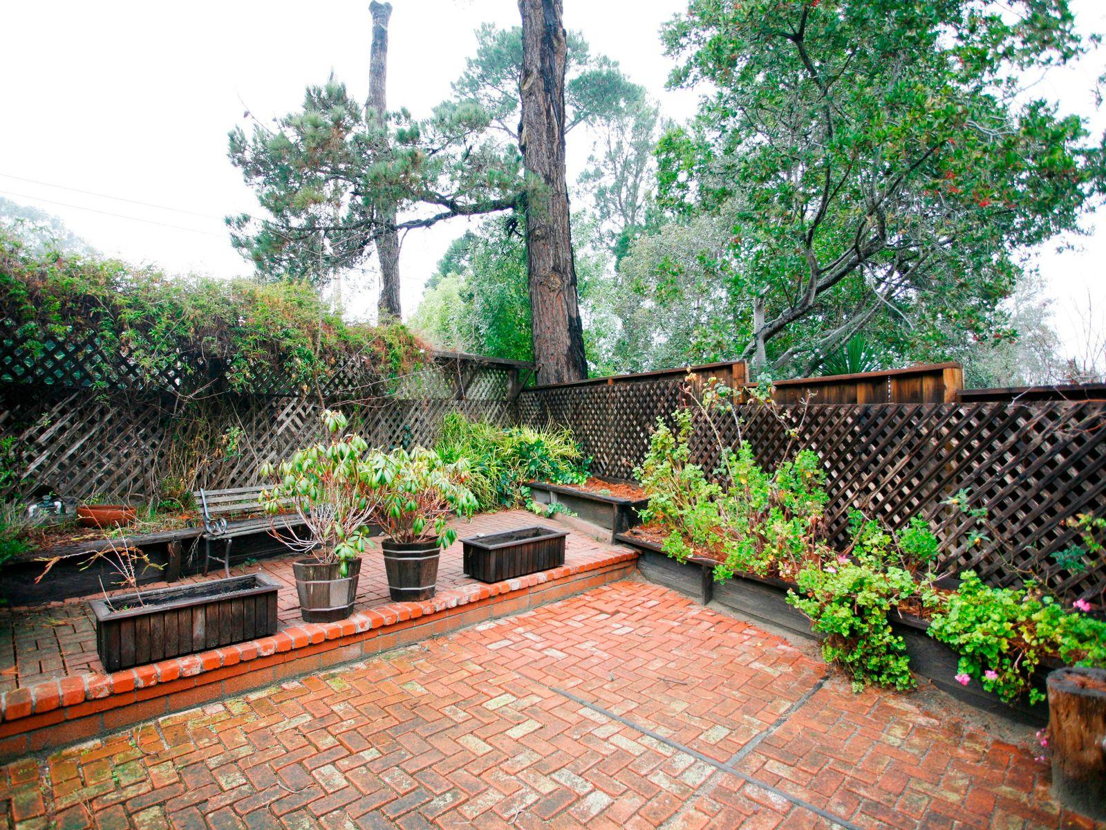 Monterey's Most Desireable Neighborhood