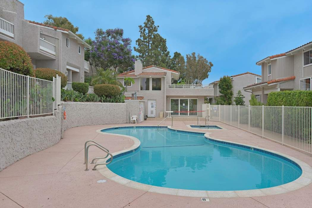 28264 Rey De Copas Lane Malibu, CA 90265