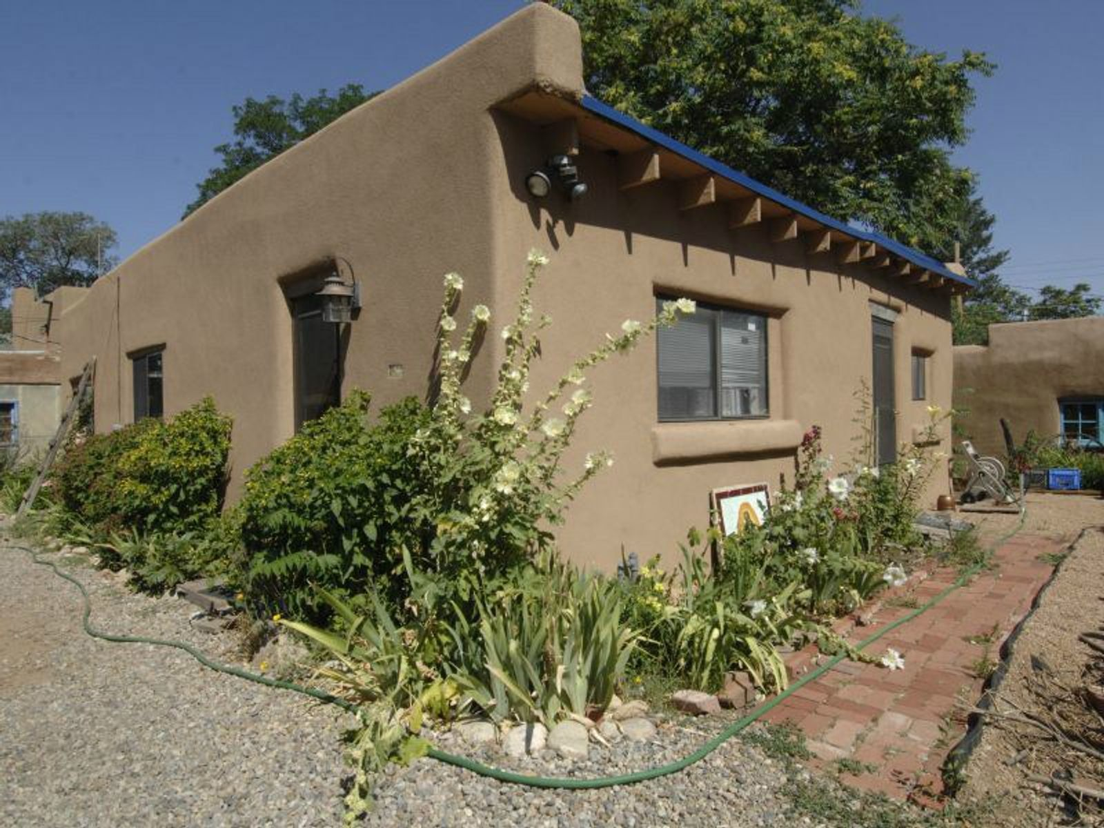562 1/2 A East Garcia Street, Santa Fe NM Single Family Home - Santa Fe Real Estate