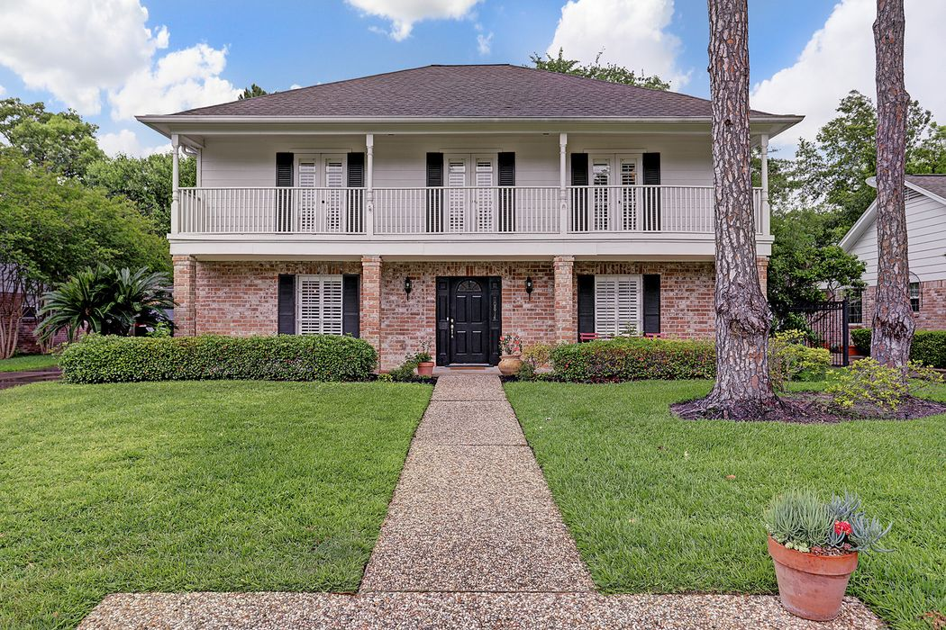 10814 Piping Rock Lane Houston, TX 77042