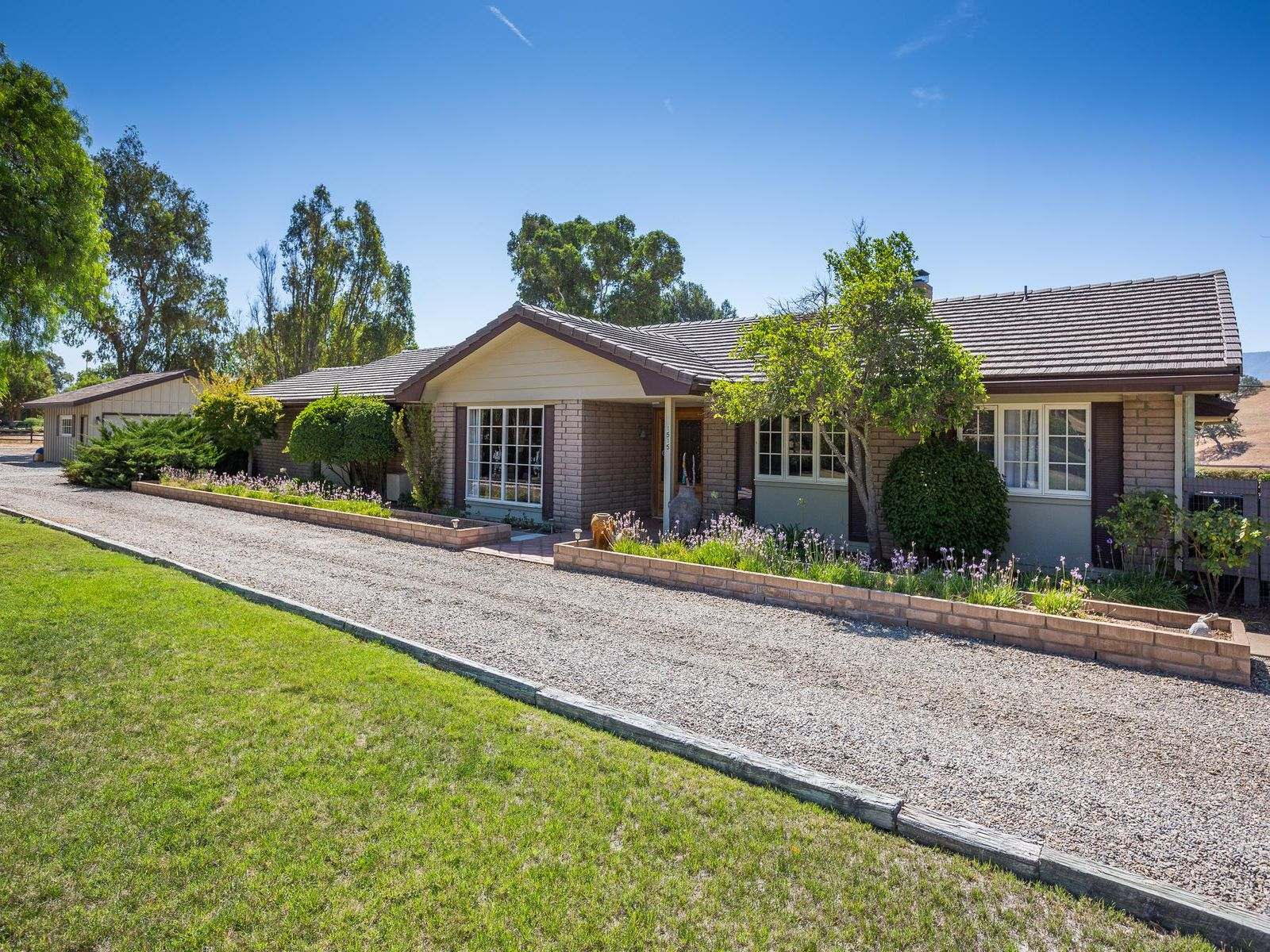 Rancho Estates Charmer, Santa Ynez CA Single Family Home - Santa Ynez Real Estate