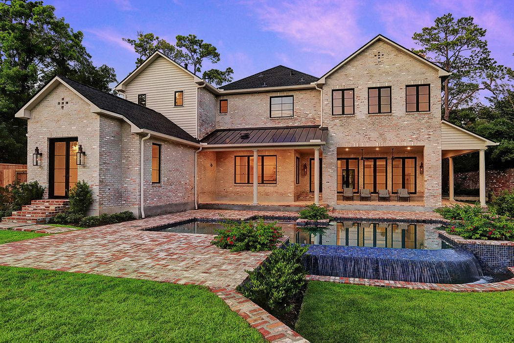 1118 River Bend Drive Houston, TX 77063