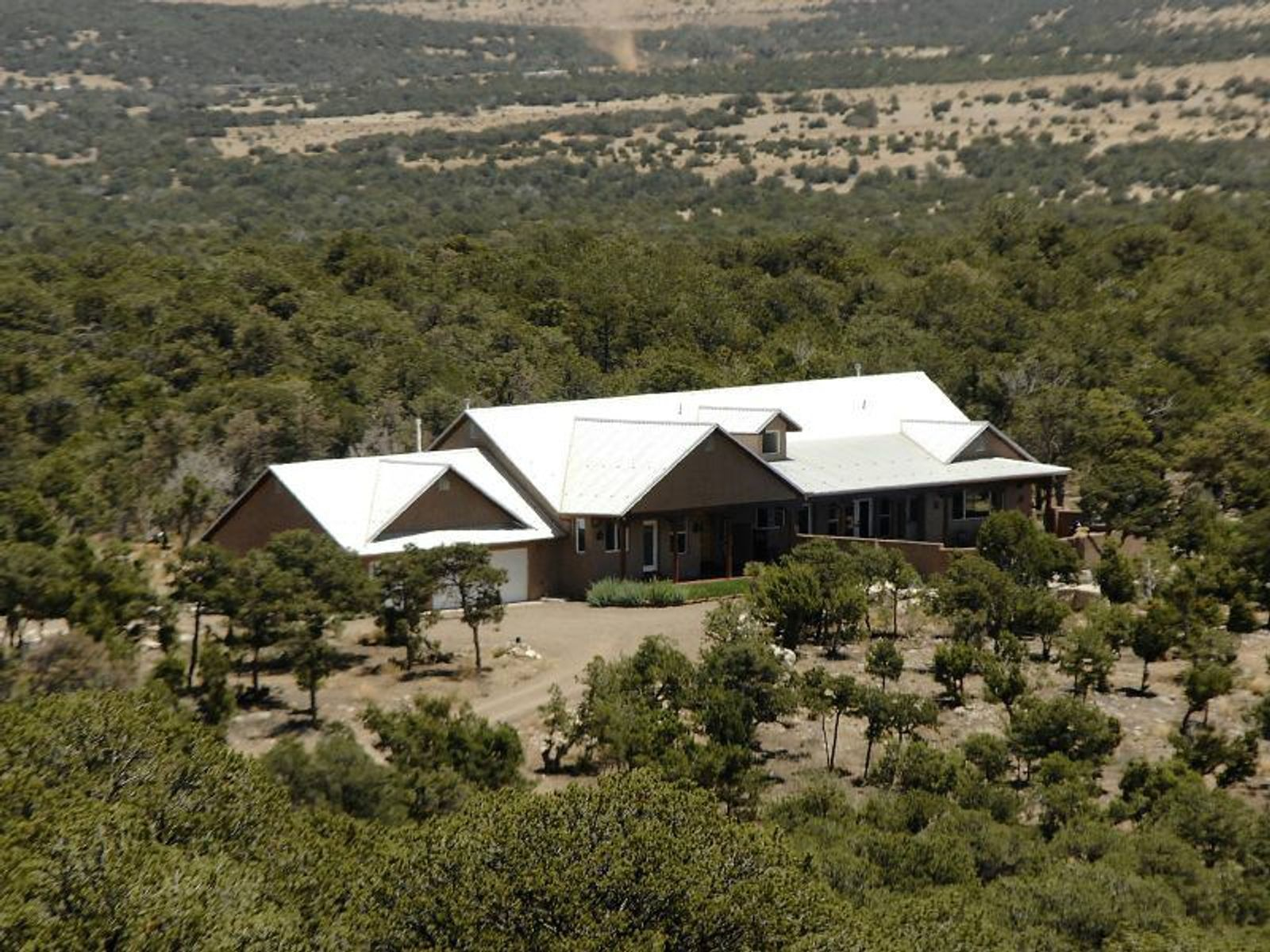 121 Forest Road 321, Tajique NM Single Family Home - Santa Fe Real Estate