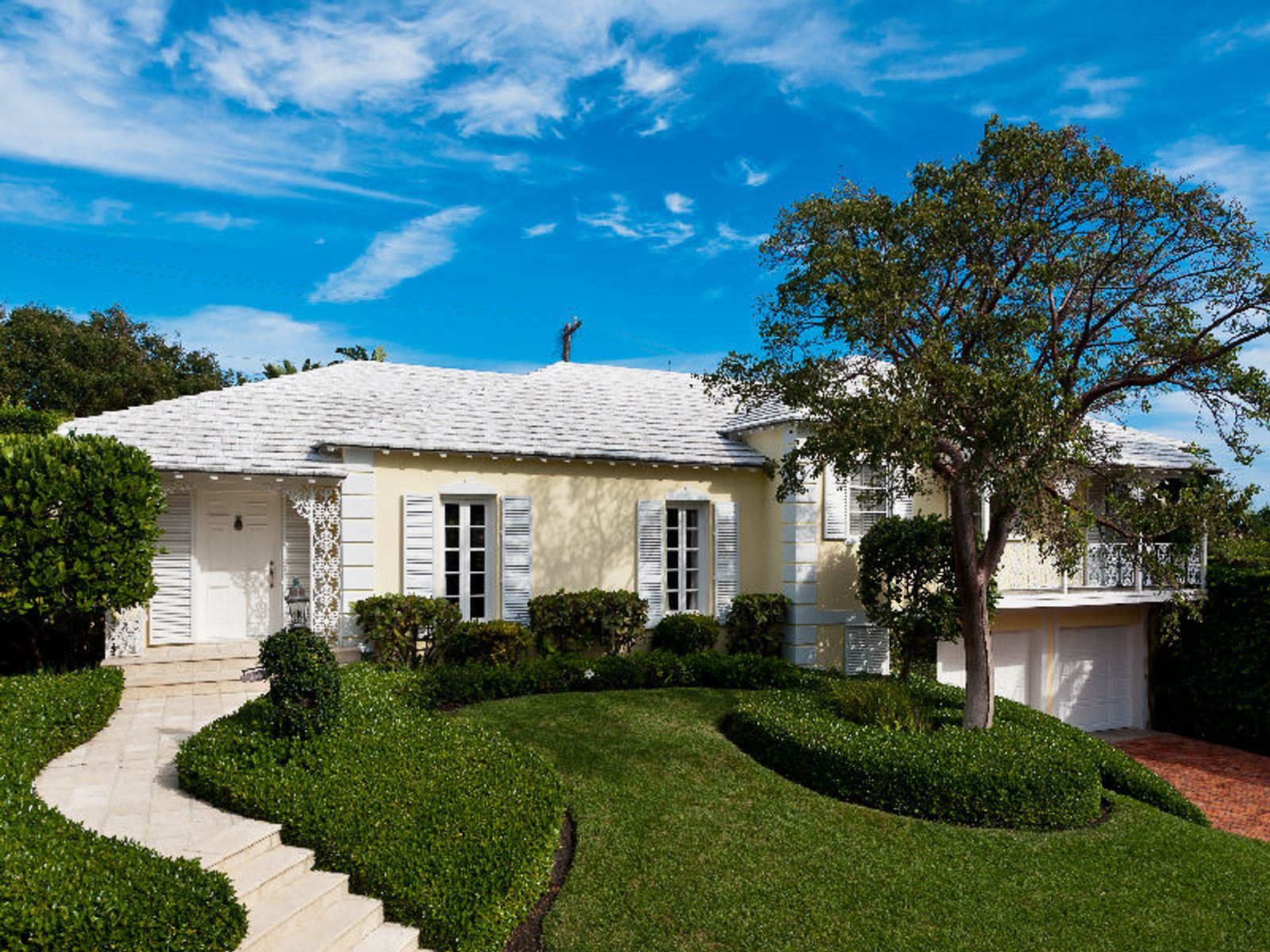 Charming Bahama Lane, Palm Beach FL Single Family Home - Palm Beach Real Estate
