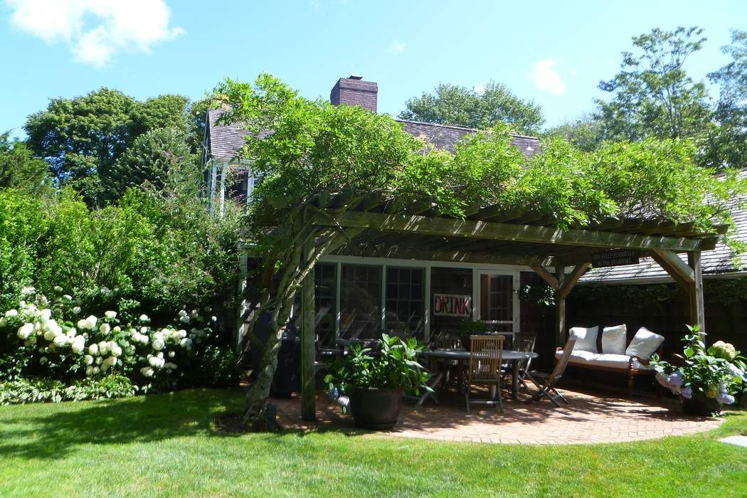 55 Davids Lane East Hampton, NY 11937