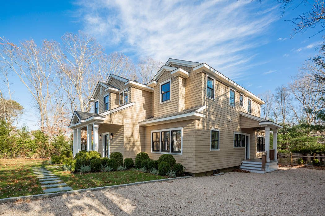 21 Light House Lane Sag Harbor, NY 11963