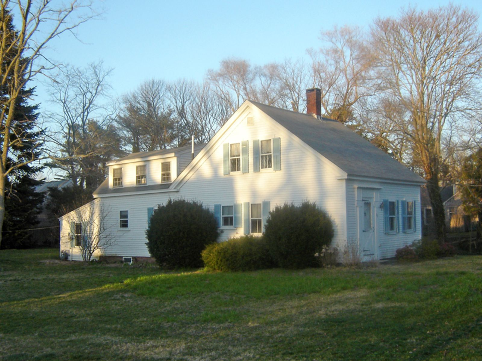 In-Town Gem, Harwich MA Single Family Home - Cape Cod Real Estate