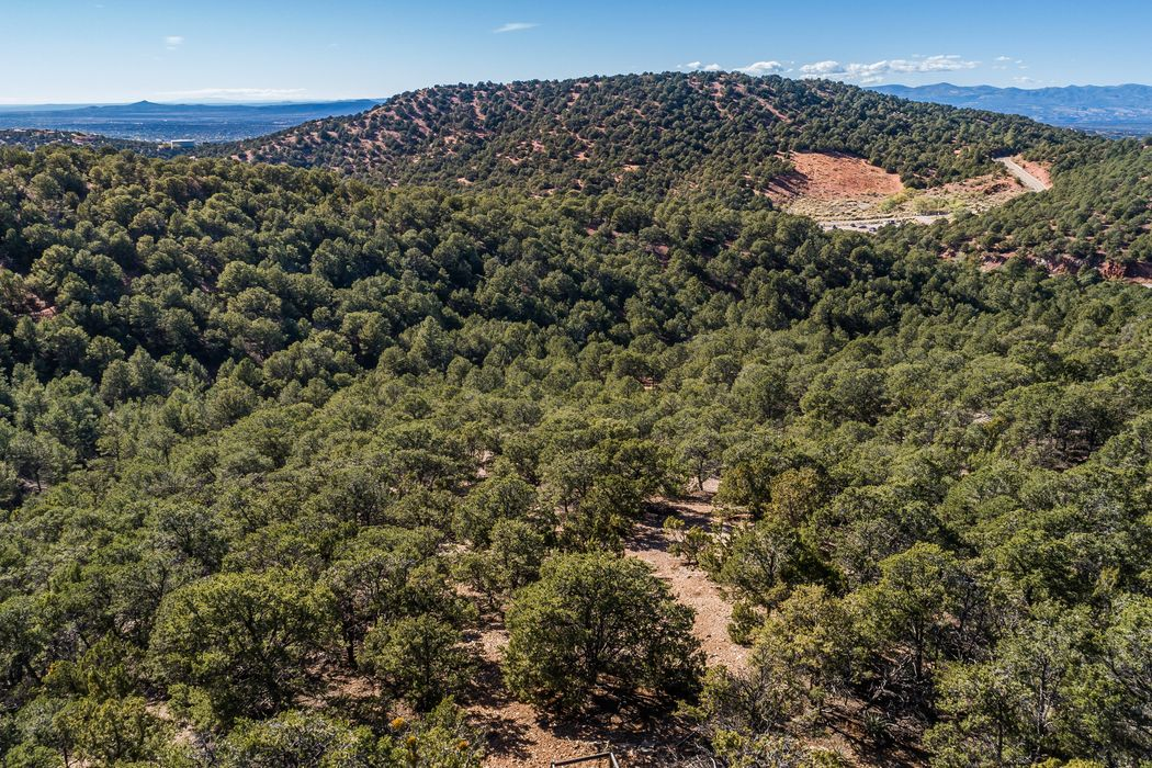 1116 South Summit Ridge Santa Fe, NM 87501