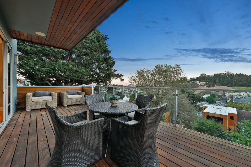 State-of-the-Art Noe Valley Residence San Francisco, CA 94131