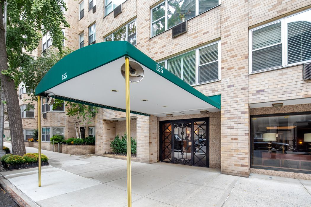 155 East 76th Street New York, NY 10021