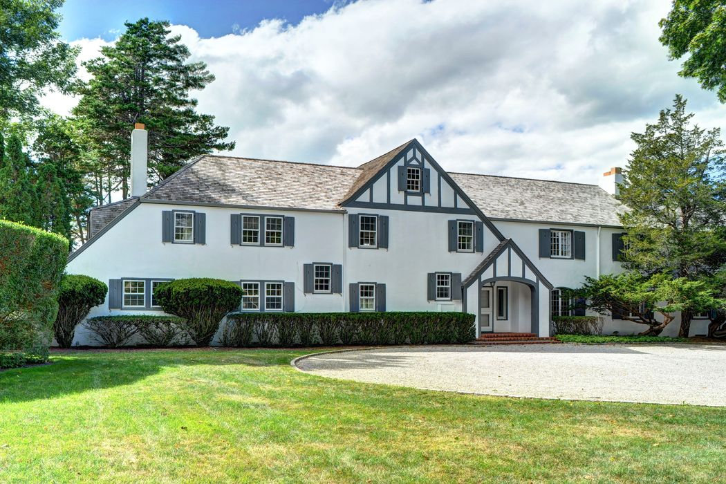23 Hedges Ln East Hampton Ny 11937 Sotheby 39 S International Realty Inc