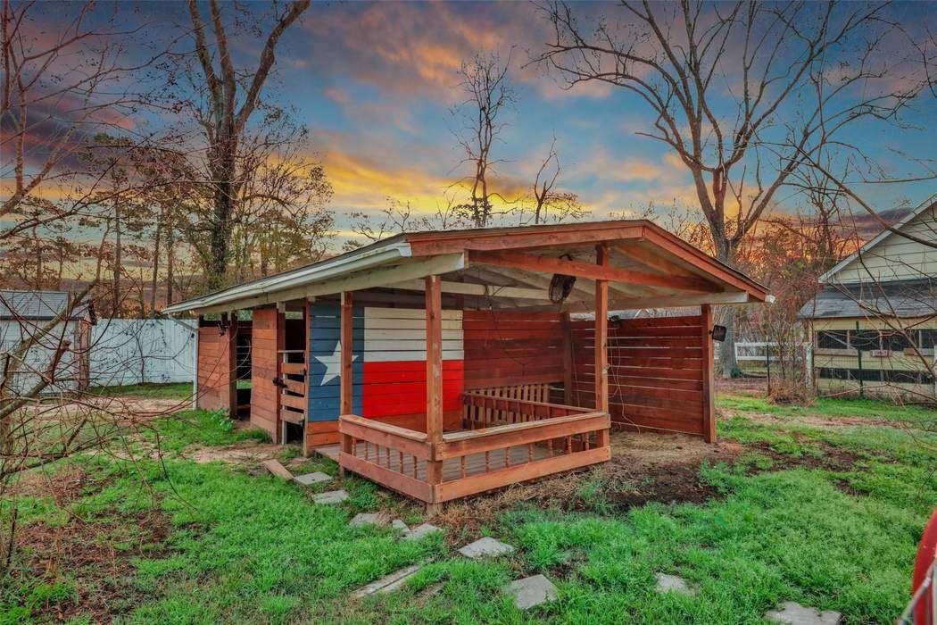 27027 Holly Lord Magnolia, TX 77355